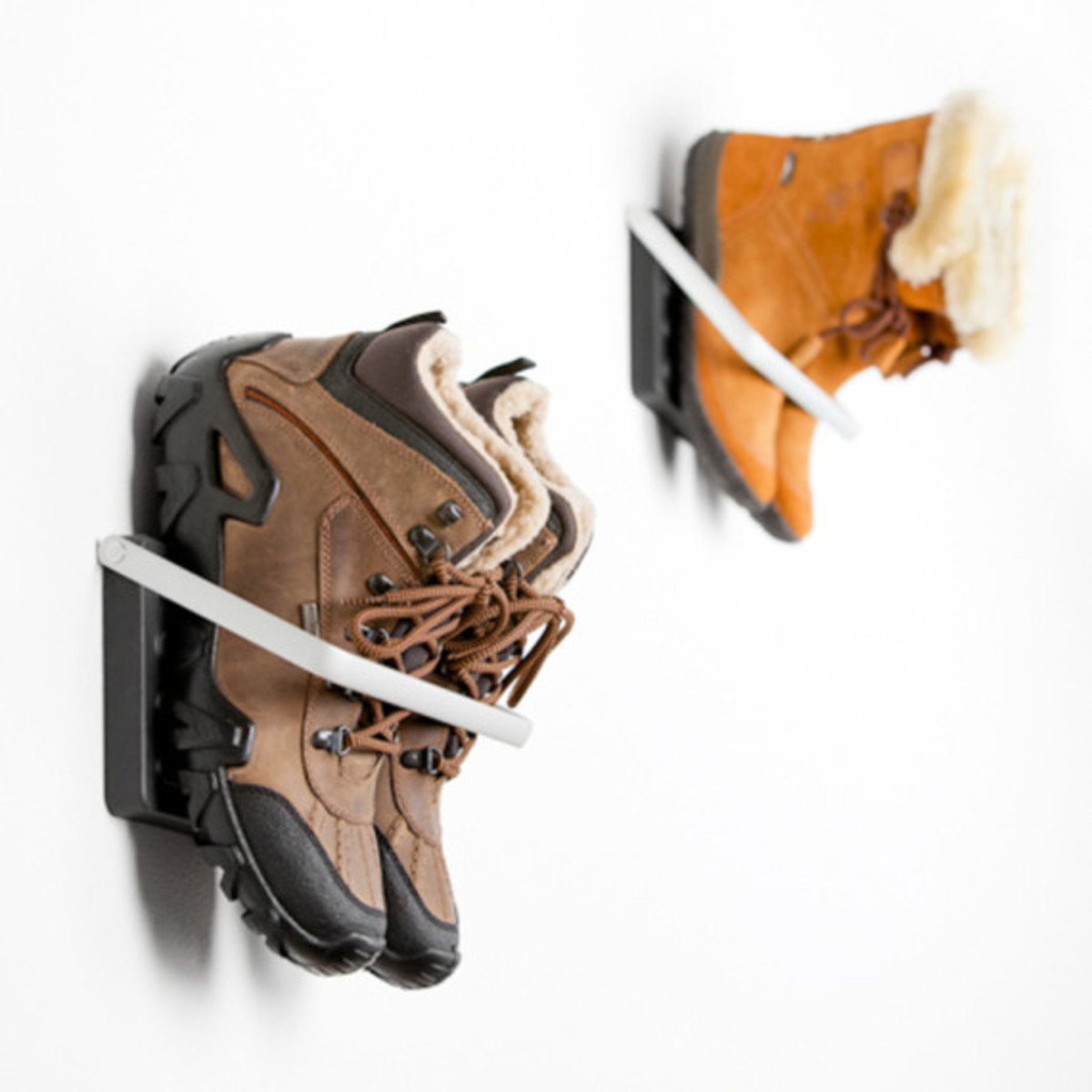 wall-mount-shoe-storage-loca-02