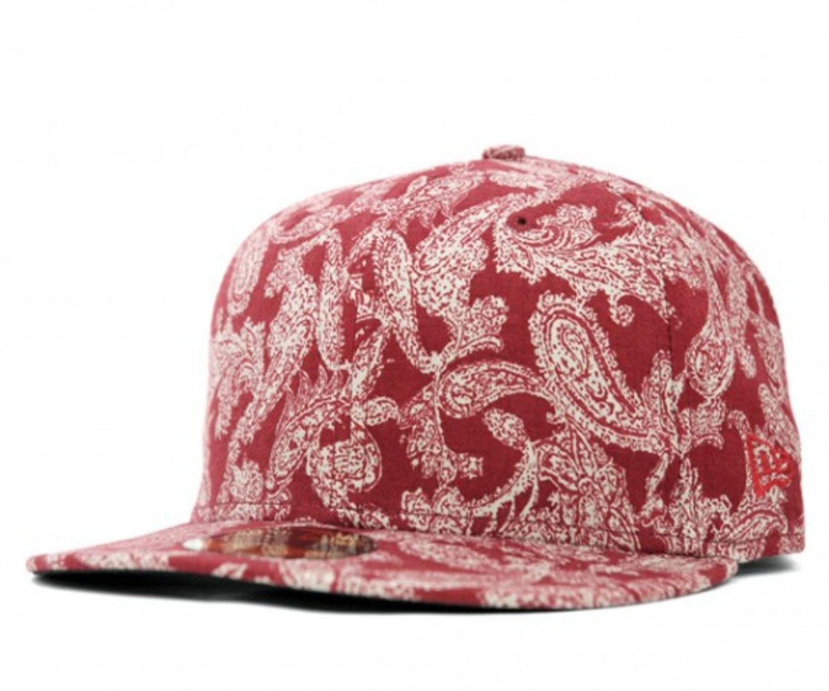 paisley-red
