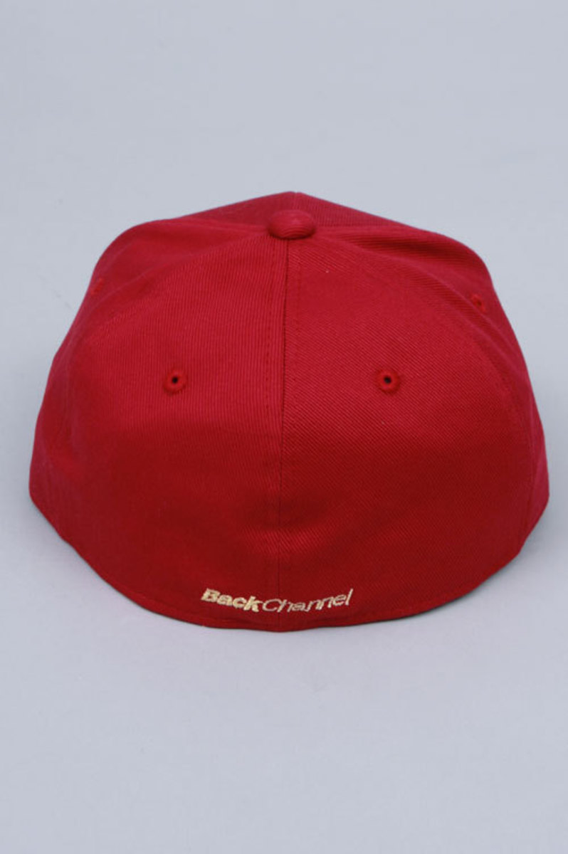 fitted-red-back