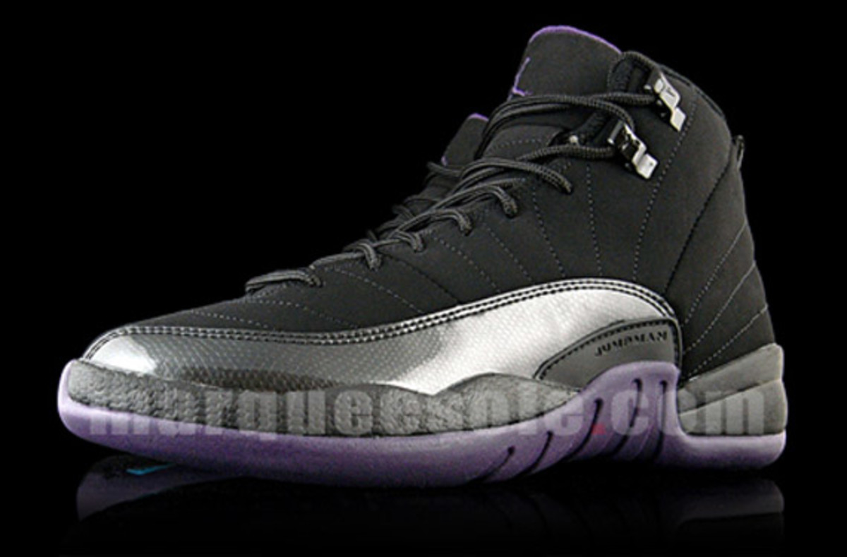 jordan_12_varsity_purple_black_1