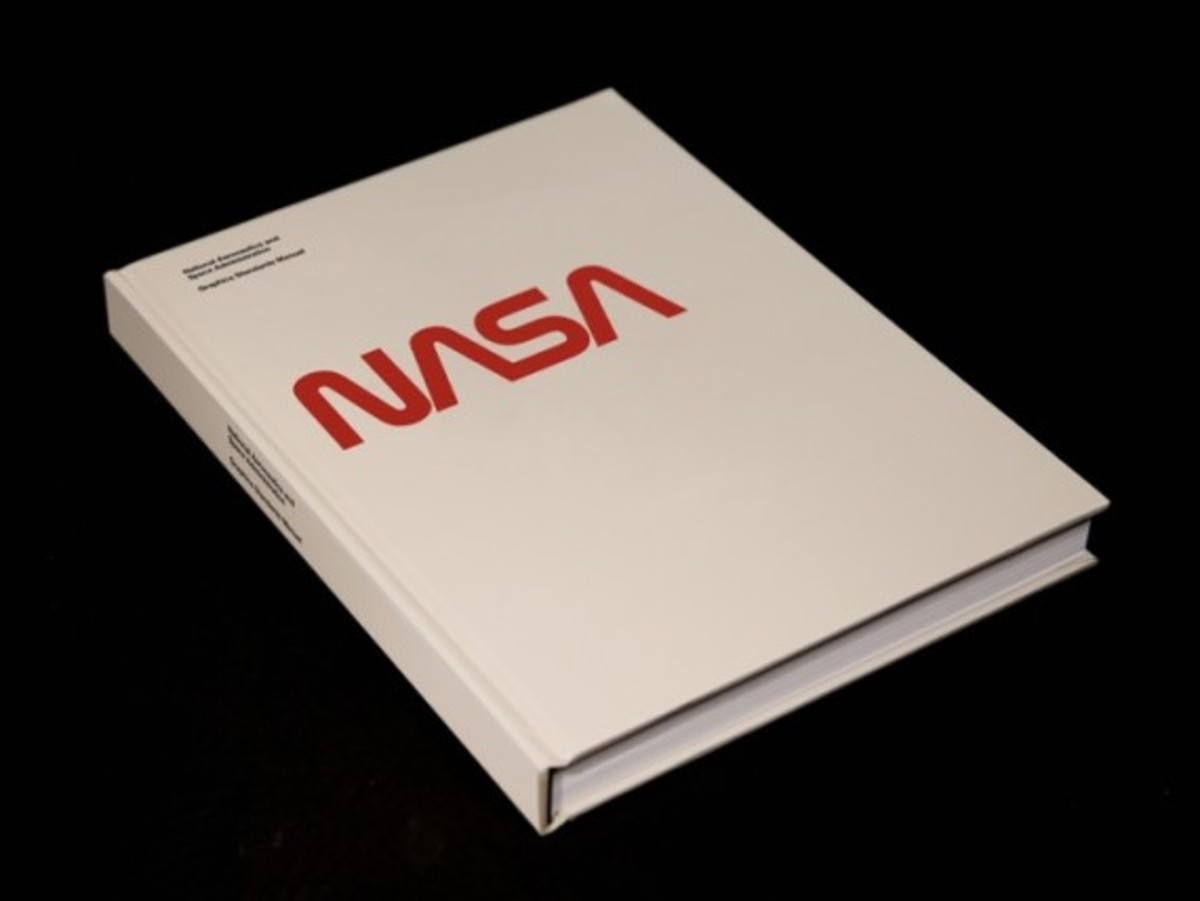 Use this NASA Graphics Standards Manual to Design Like a Rocket Scientist - 0