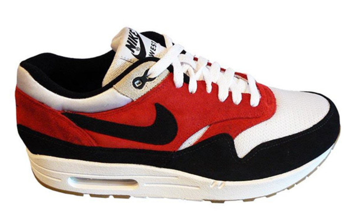nike_airmax_1_red_white_black_5
