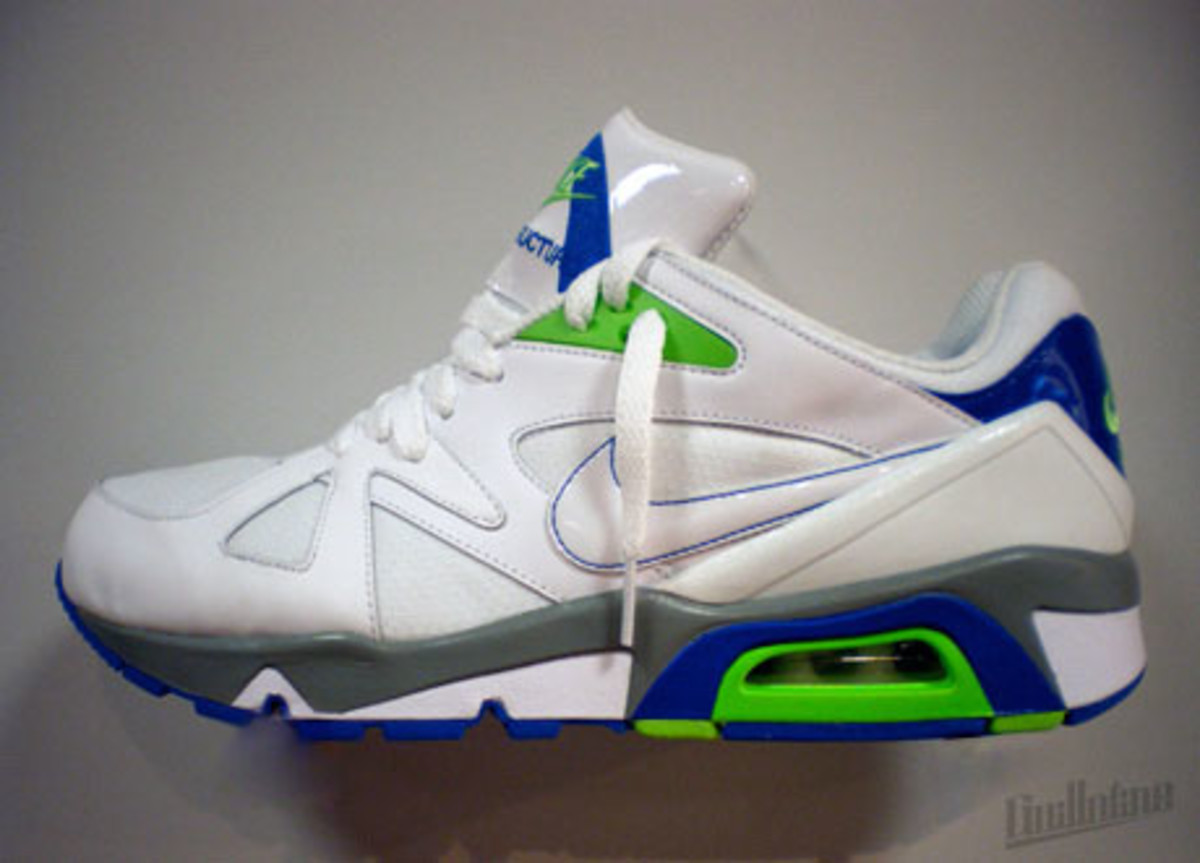 nike_air_structure_triax_91_2