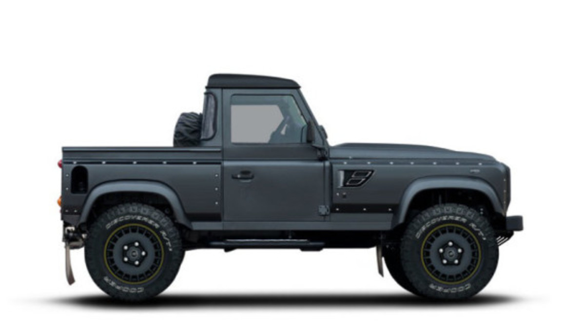 Flying Huntsman 105 Defender Pickup by Kahn Design - 1