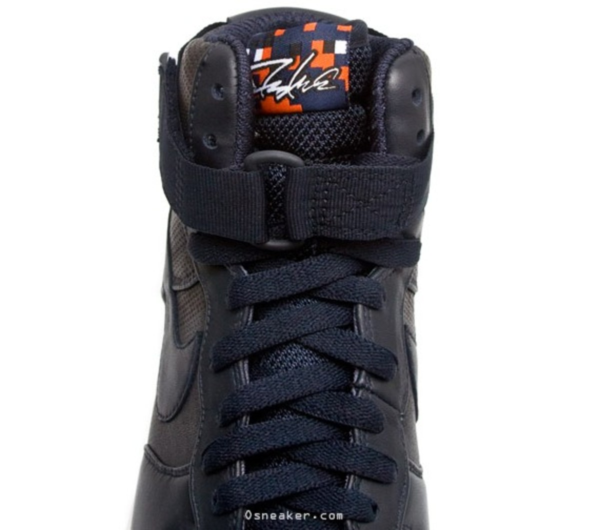 nike-x-futura-air-force-1-high-premium-navy-7