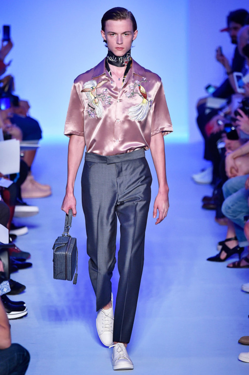 louis-vuitton-spring-summer-2016-collection-runway-show-20
