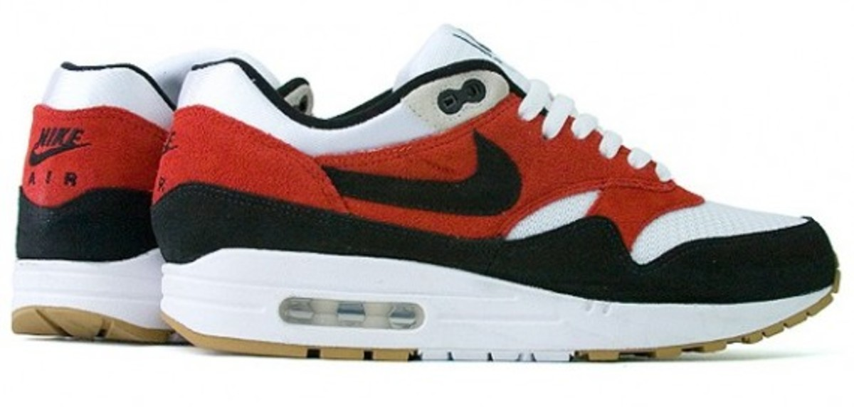 nike-holiday-2009-collection-proper-12