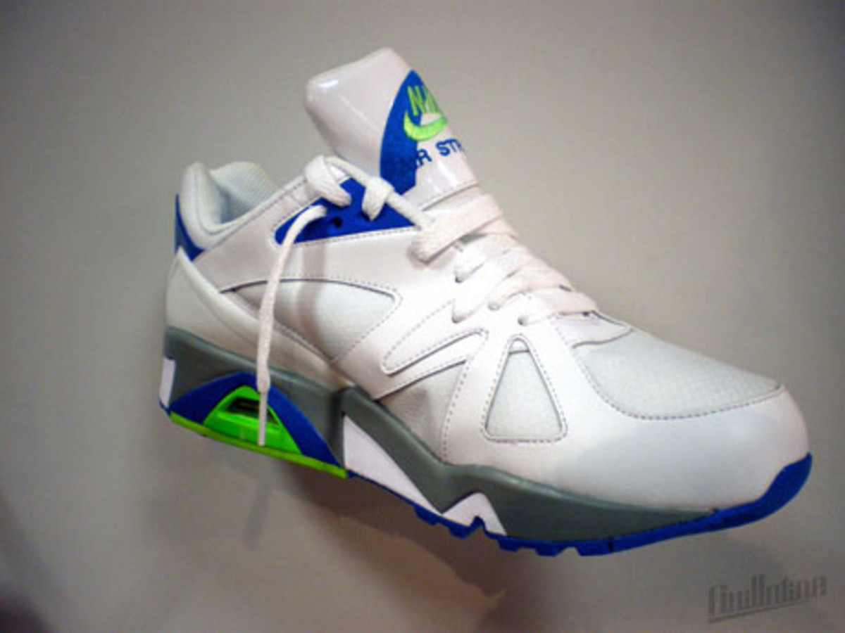 nike_air_structure_triax_91_3