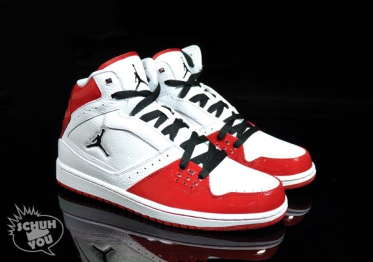 jordan_1_flight_hi_red_02