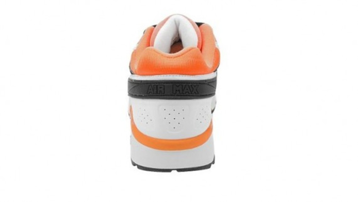 nike-air-classic-bw-black-white-neon-orange-2