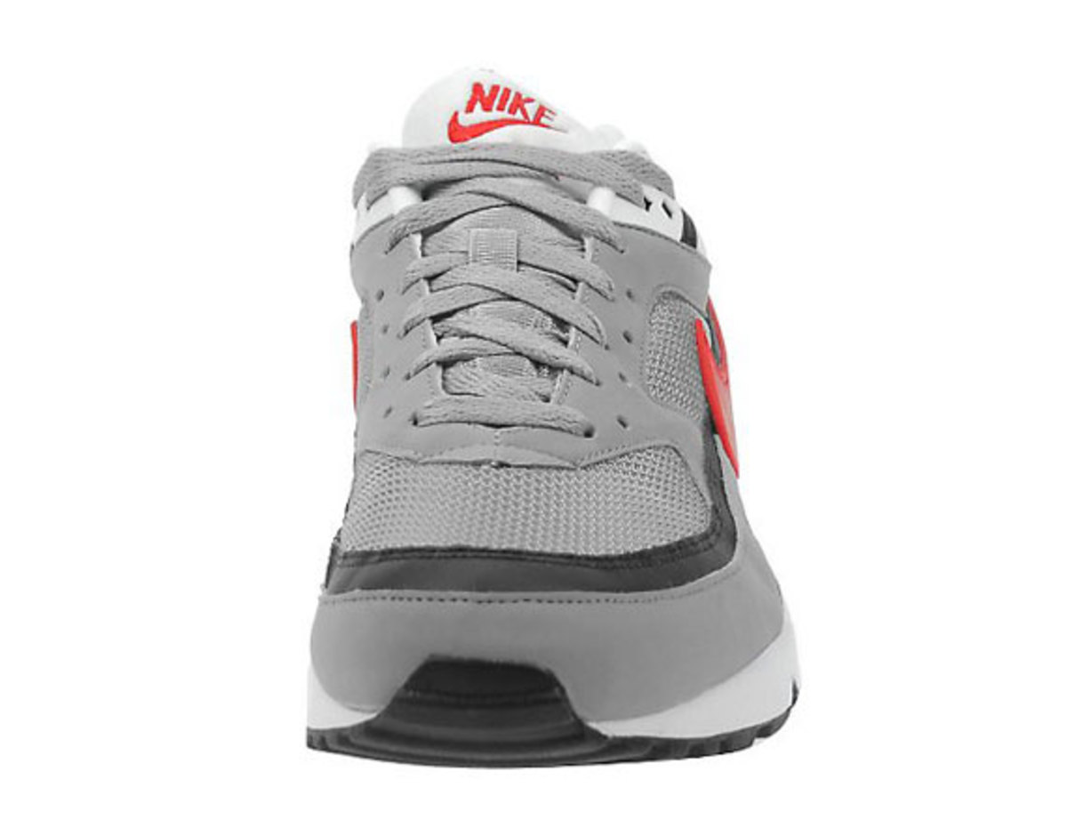 nike-air-classic-bw-silver-red-black-5