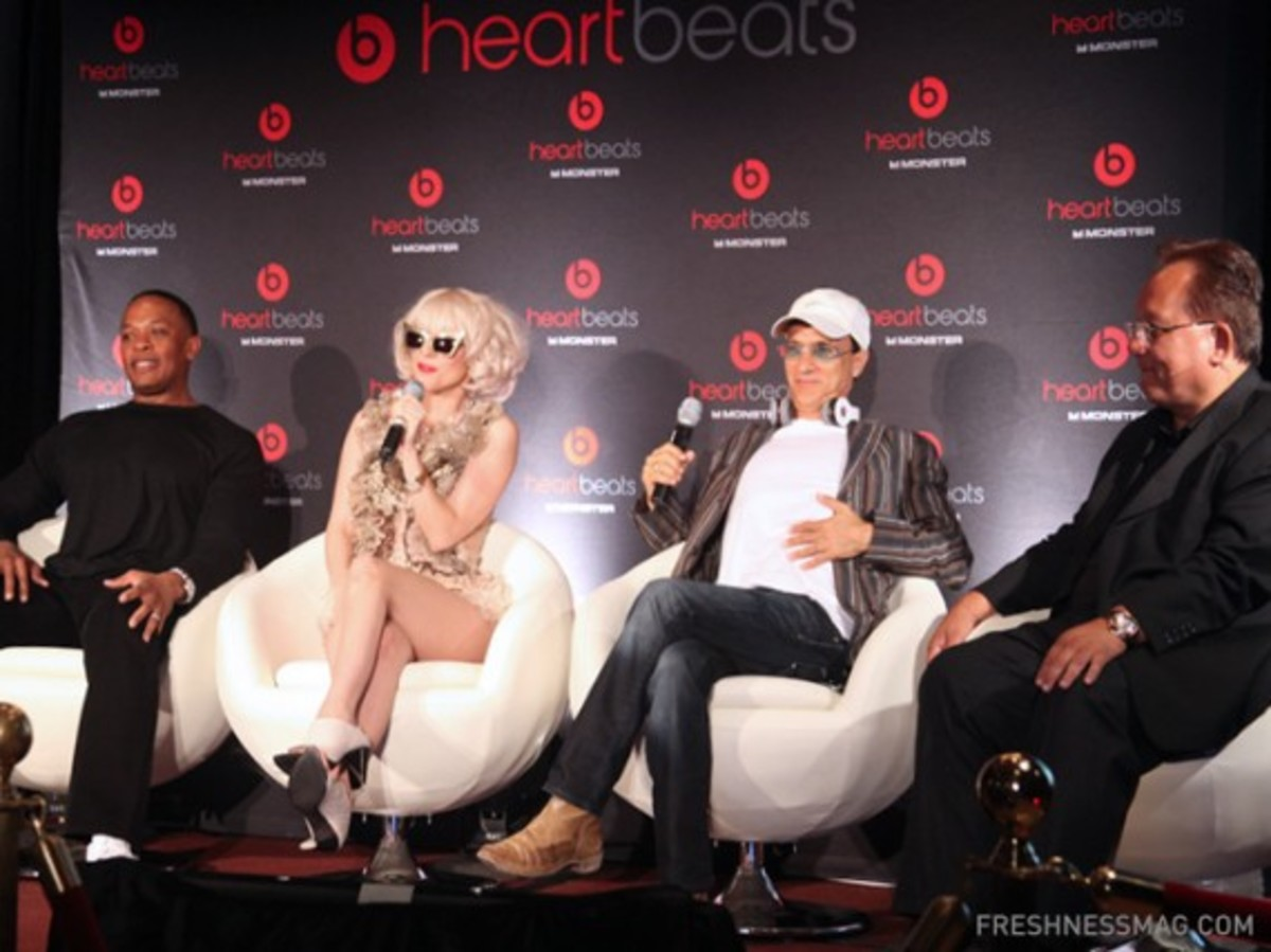 monster-lady-gaga-heartbeats-event-32