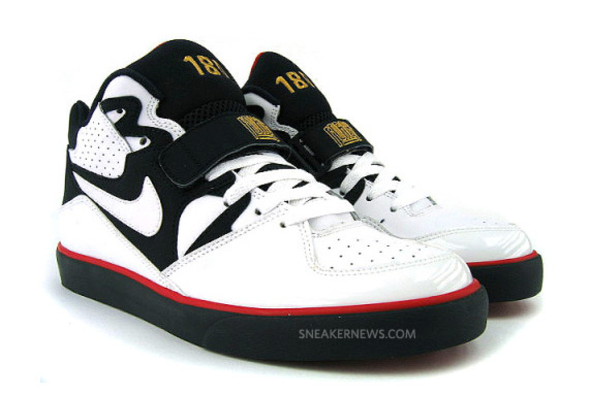nike-auto-force-180-olympic-01