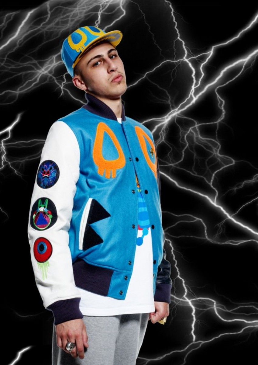 nike-sportswear-cassette-playa-colab-rivalry-collection-02