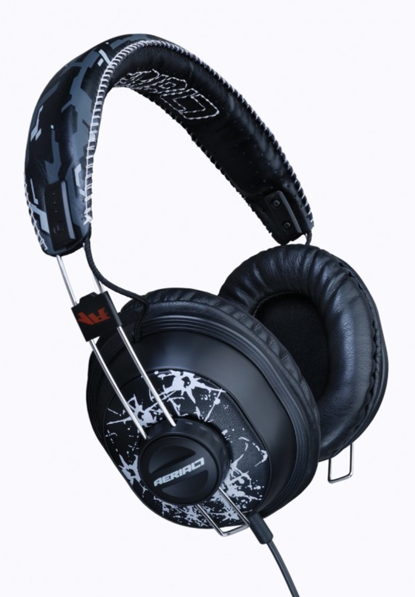 aerial7-methamphibian-sbtg-limited-chopper2-headphone-02