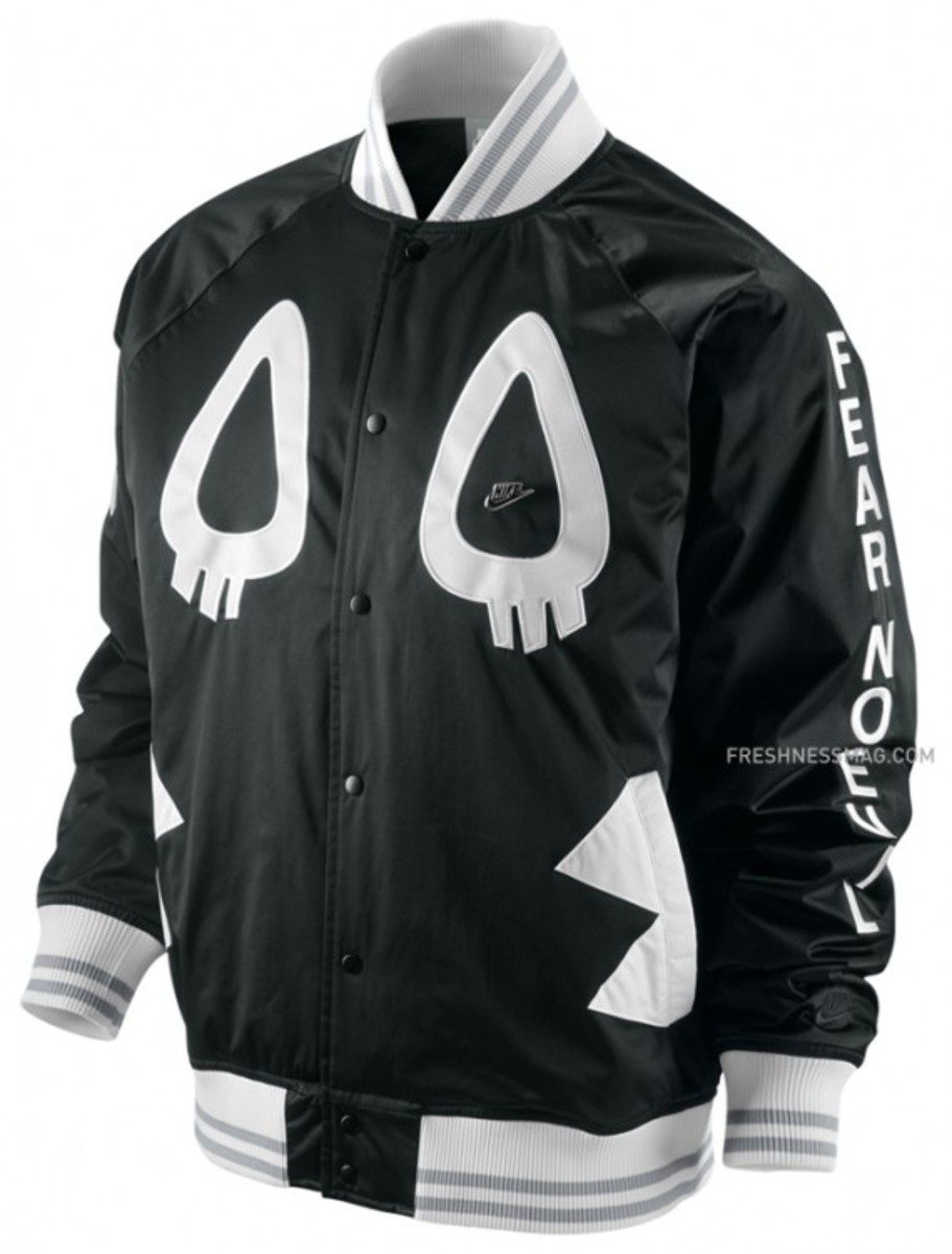 nike-cassette-laya-co-lab-tech-bomber-jacket-01