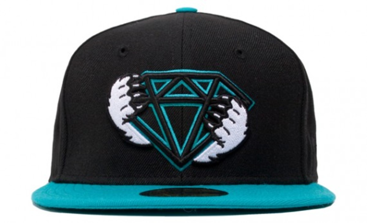 hof_diamond_teal1