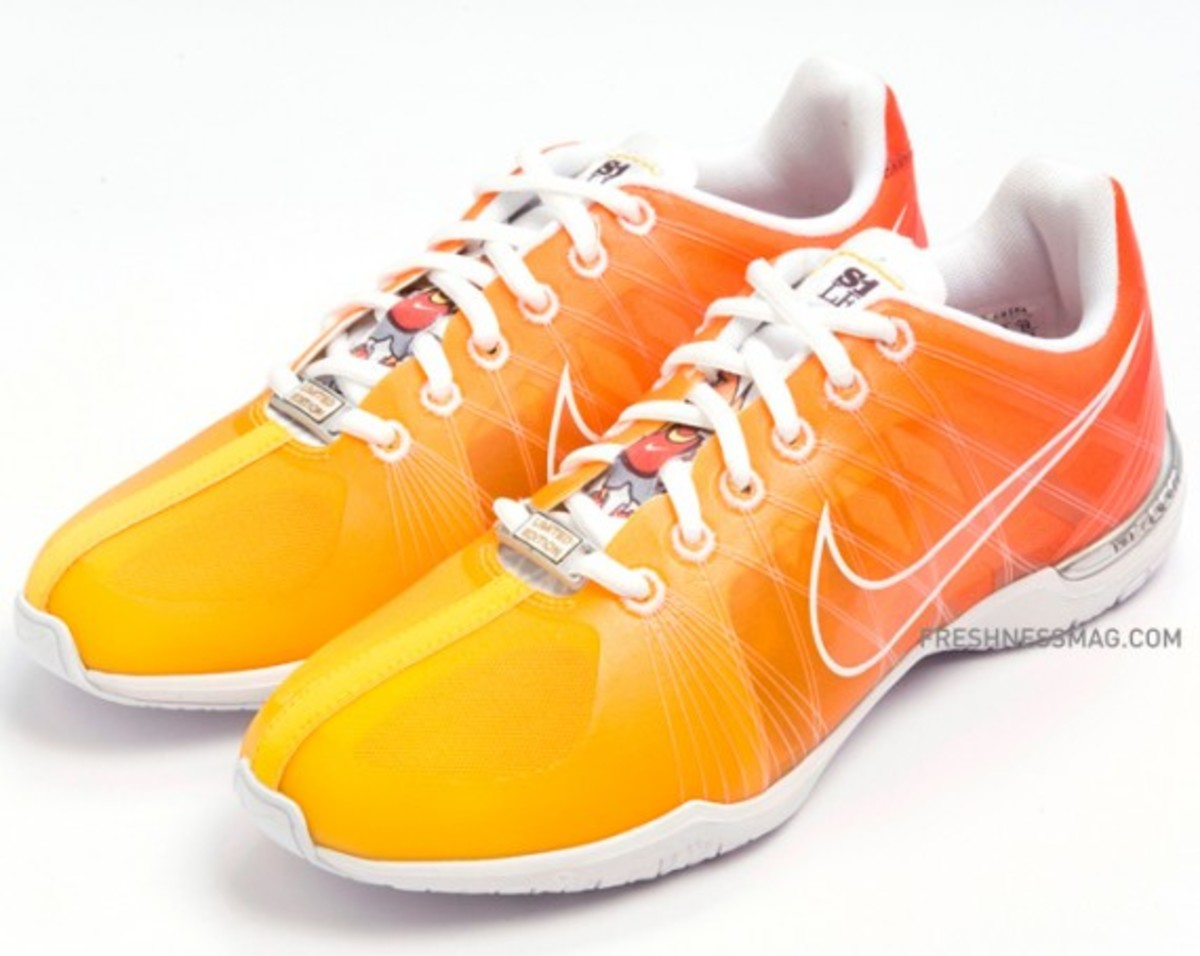 nike-wmns-zoom-sister-one-plus-387155-311-03