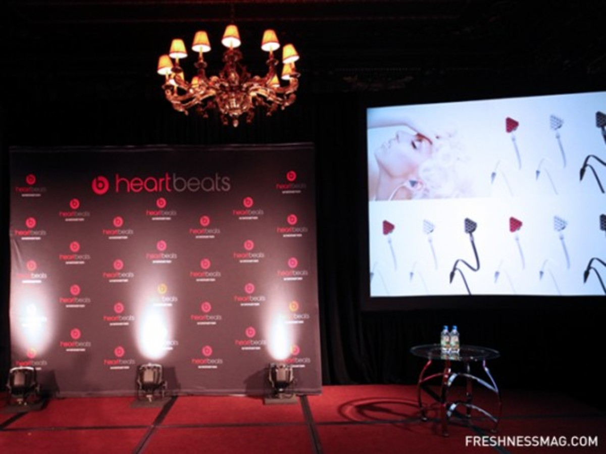 monster-lady-gaga-heartbeats-event-43