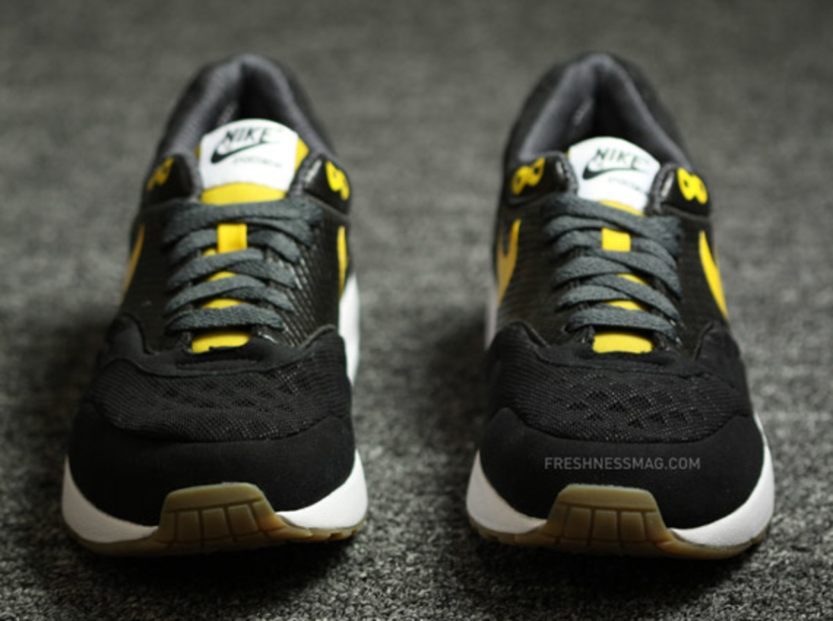 nike-air-maxim-1-torch-black-yellow-03