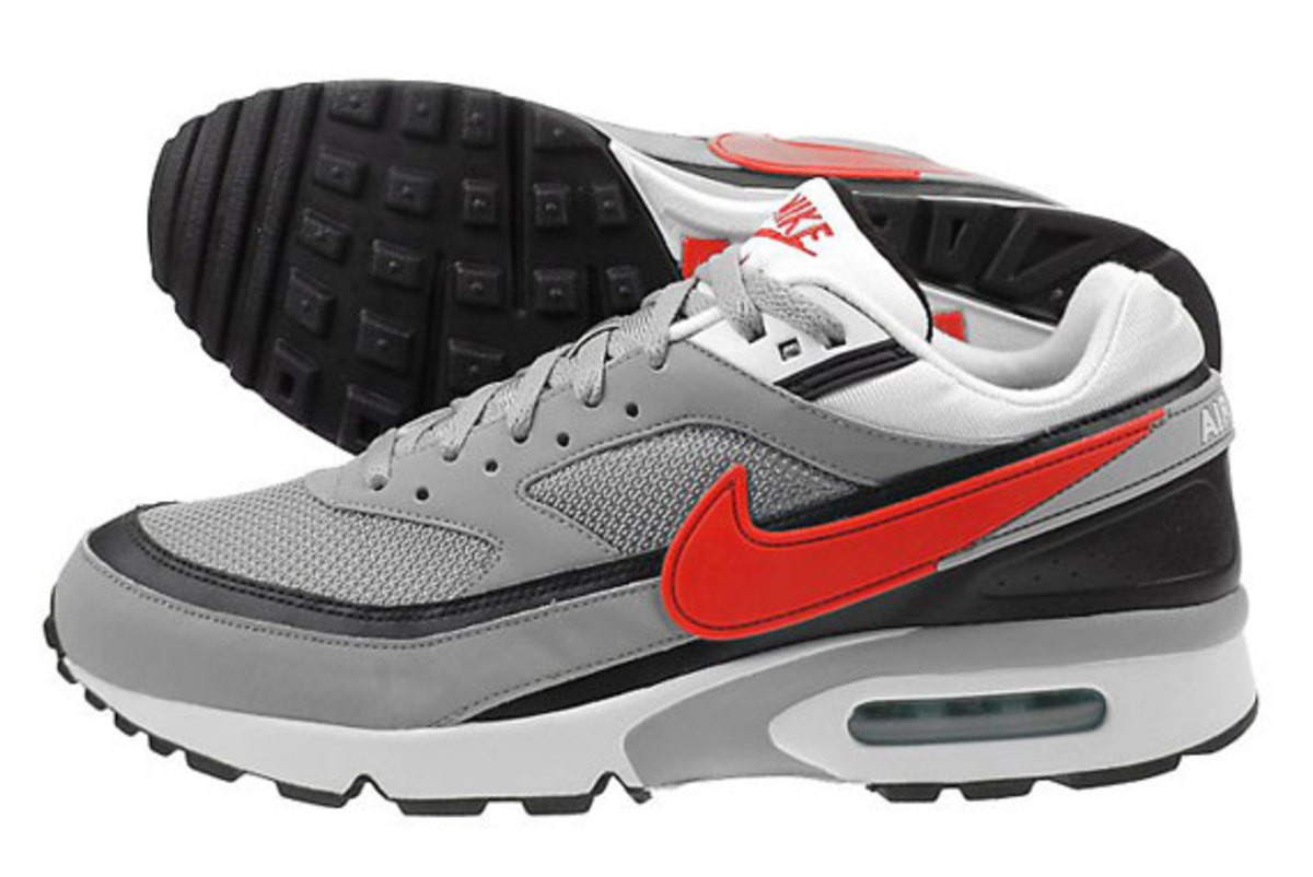 nike-air-classic-bw-silver-red-black-2