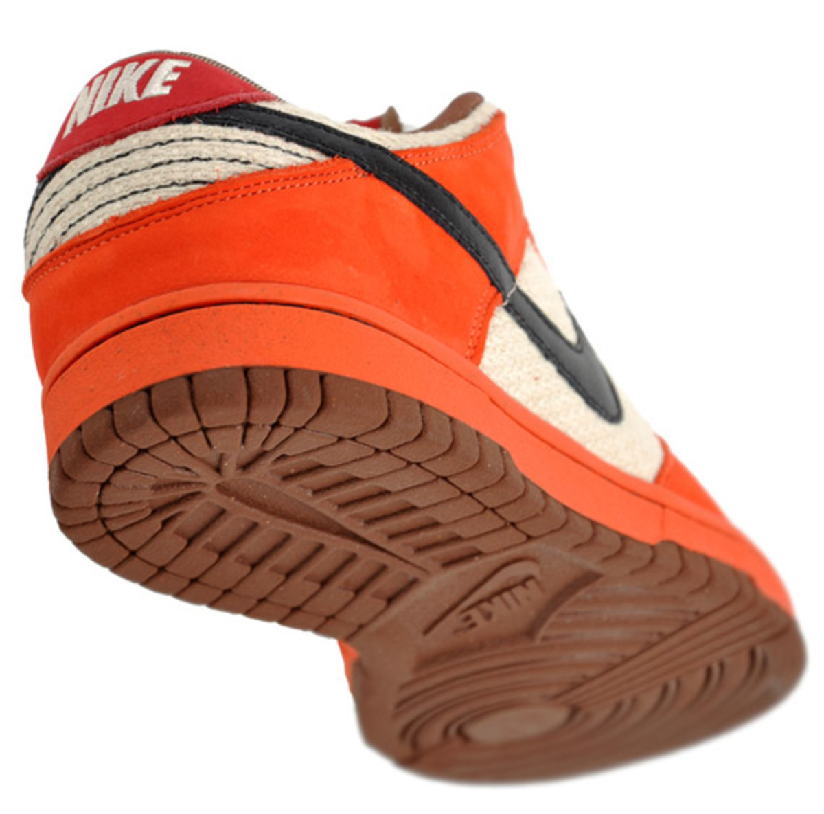 nike-sb-dunk-low-un-hemp-orange-3