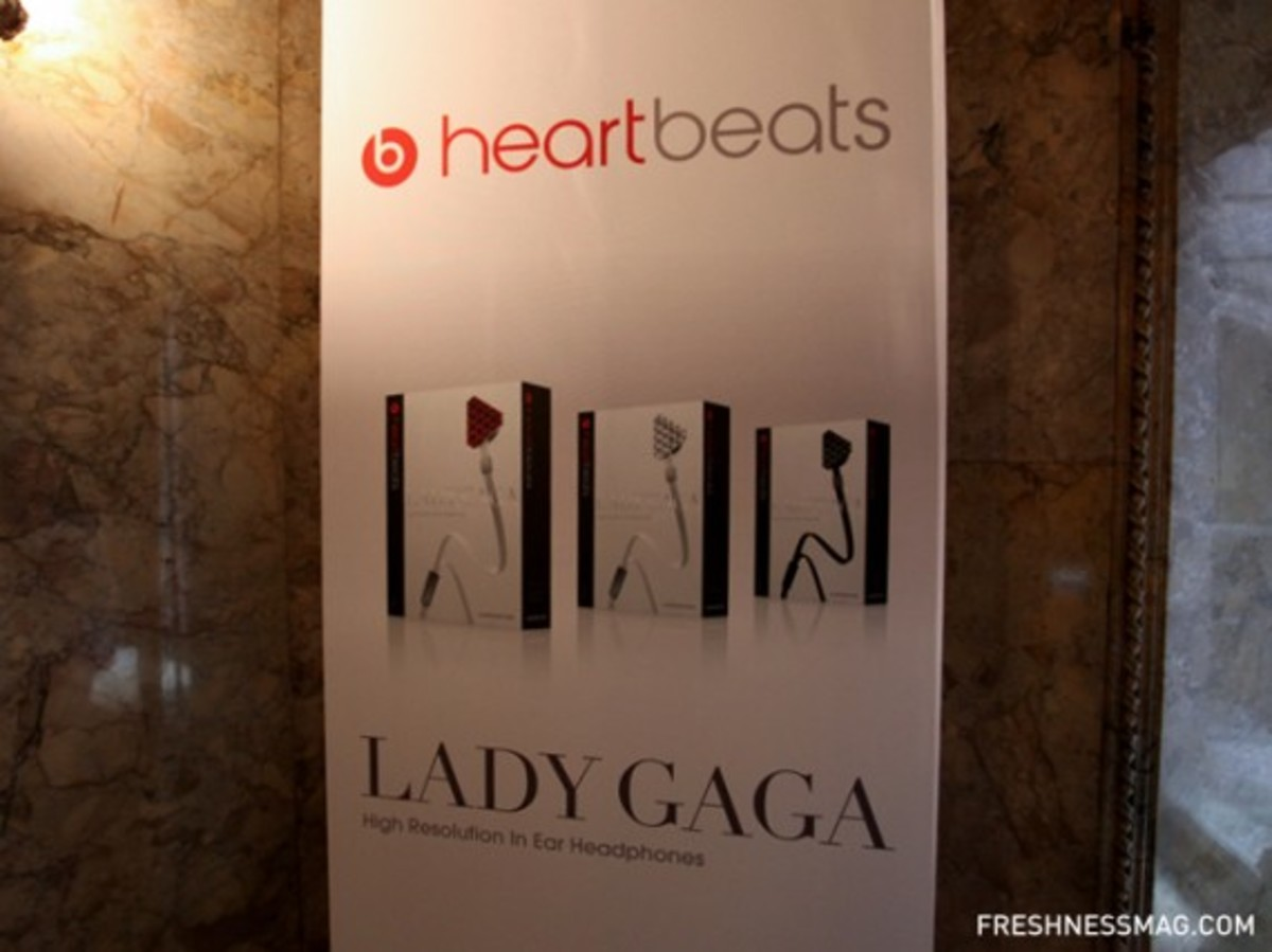 monster-lady-gaga-heartbeats-event-66