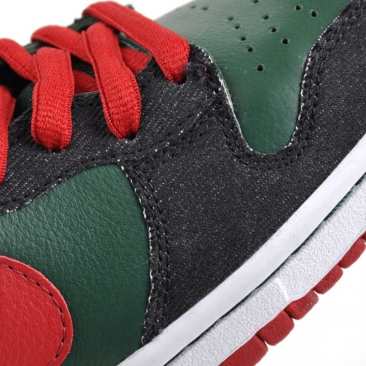 nike-sb-dunk-high-premium-gucci-3