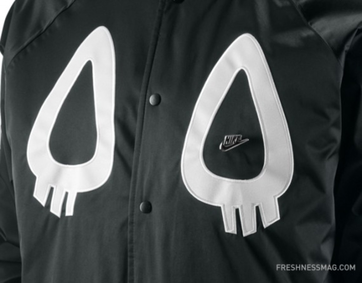 nike-cassette-laya-co-lab-tech-bomber-jacket-03
