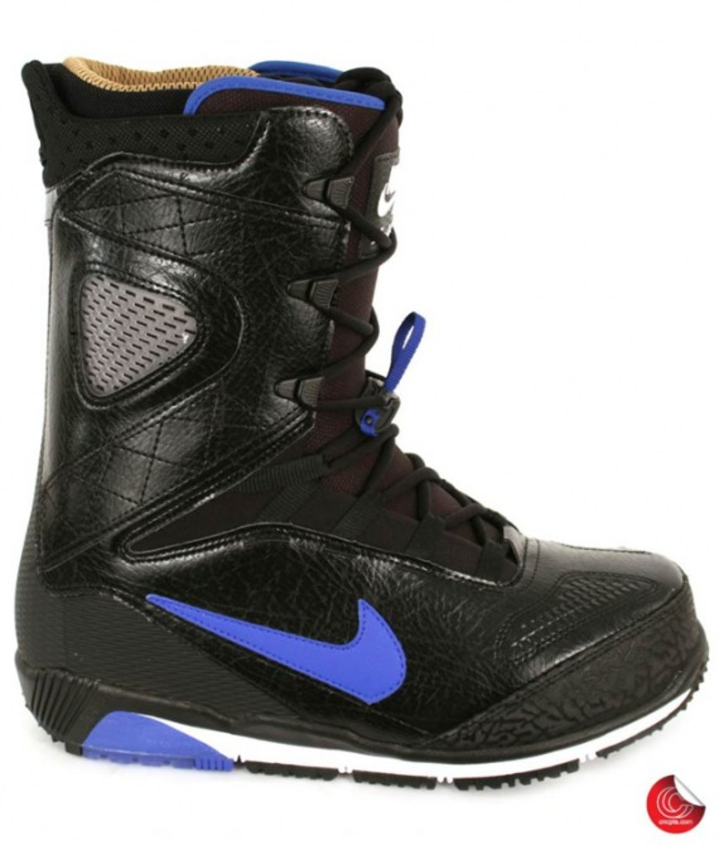 nike_snowboarding_boots_1