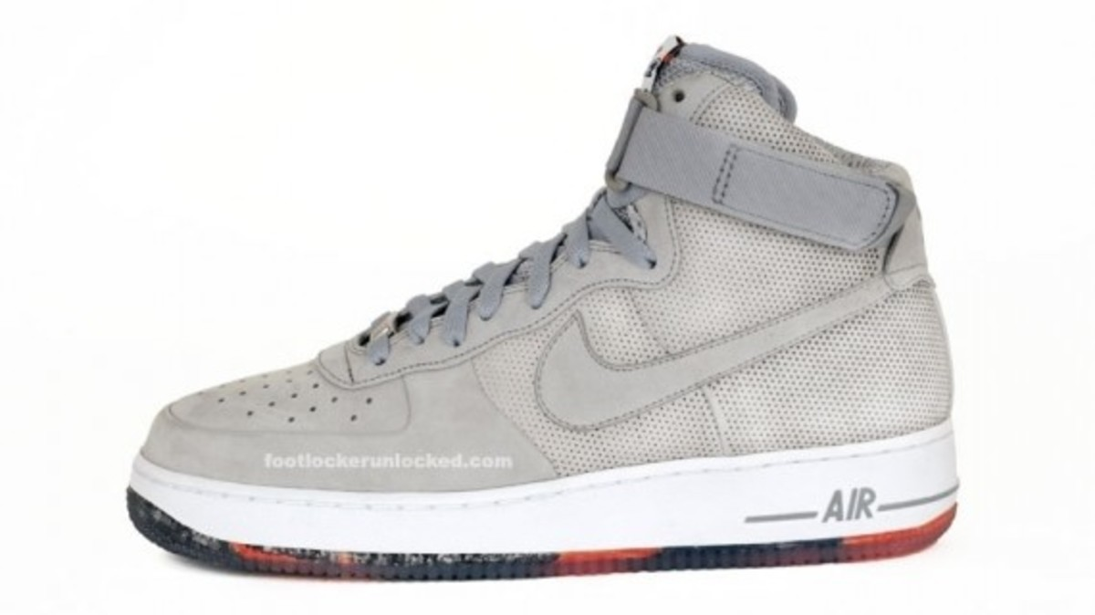 nike-x-futura-air-force-1-high-matte-silver-1