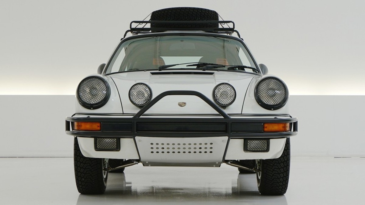 rally-tuned-porsche-911-fetches-275k-for-charity-3.jpg