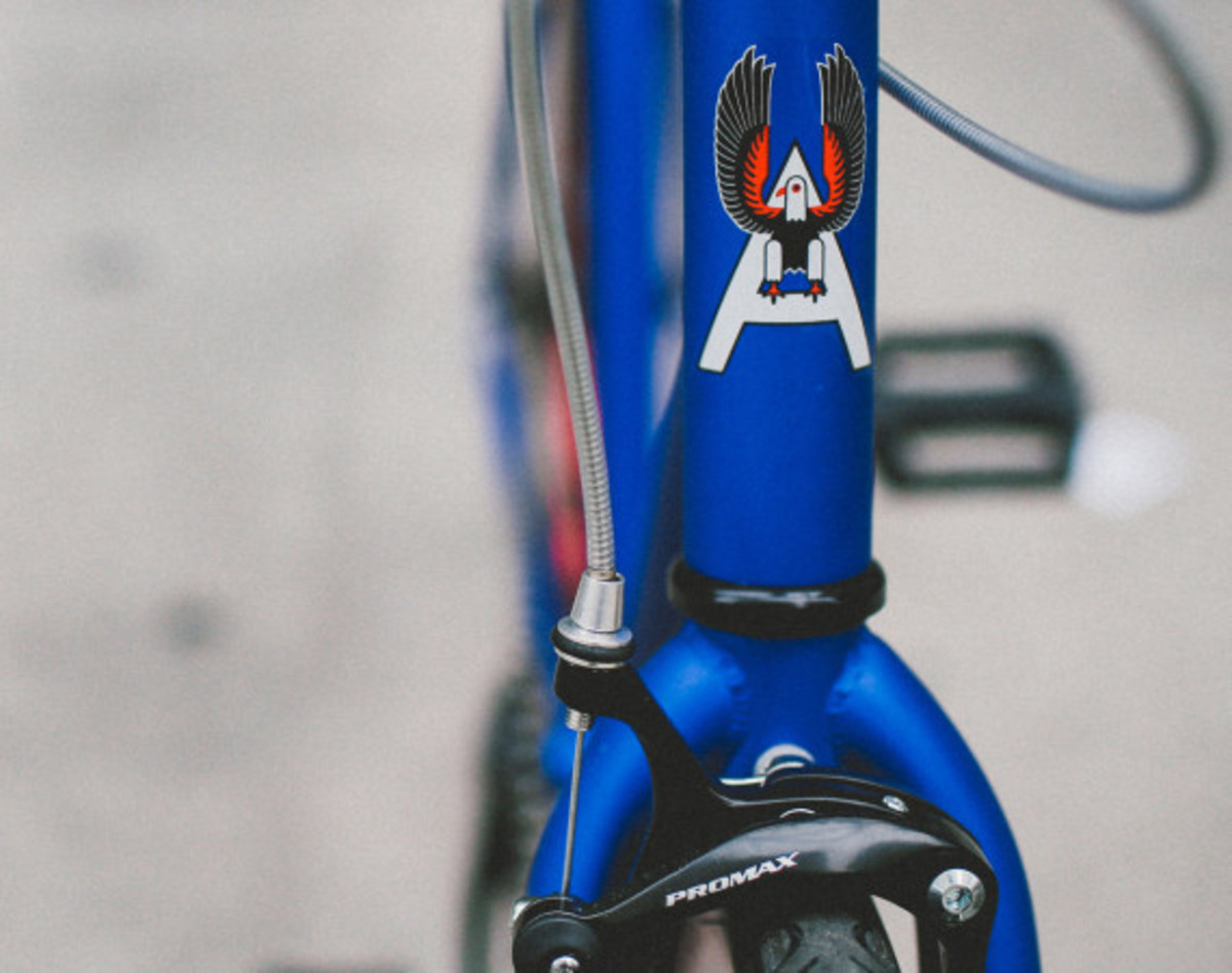 Giveaway Winner: Dave's Wear House x Freshness – Another Whip Bicycle in Matte Iridescent Blue - 6