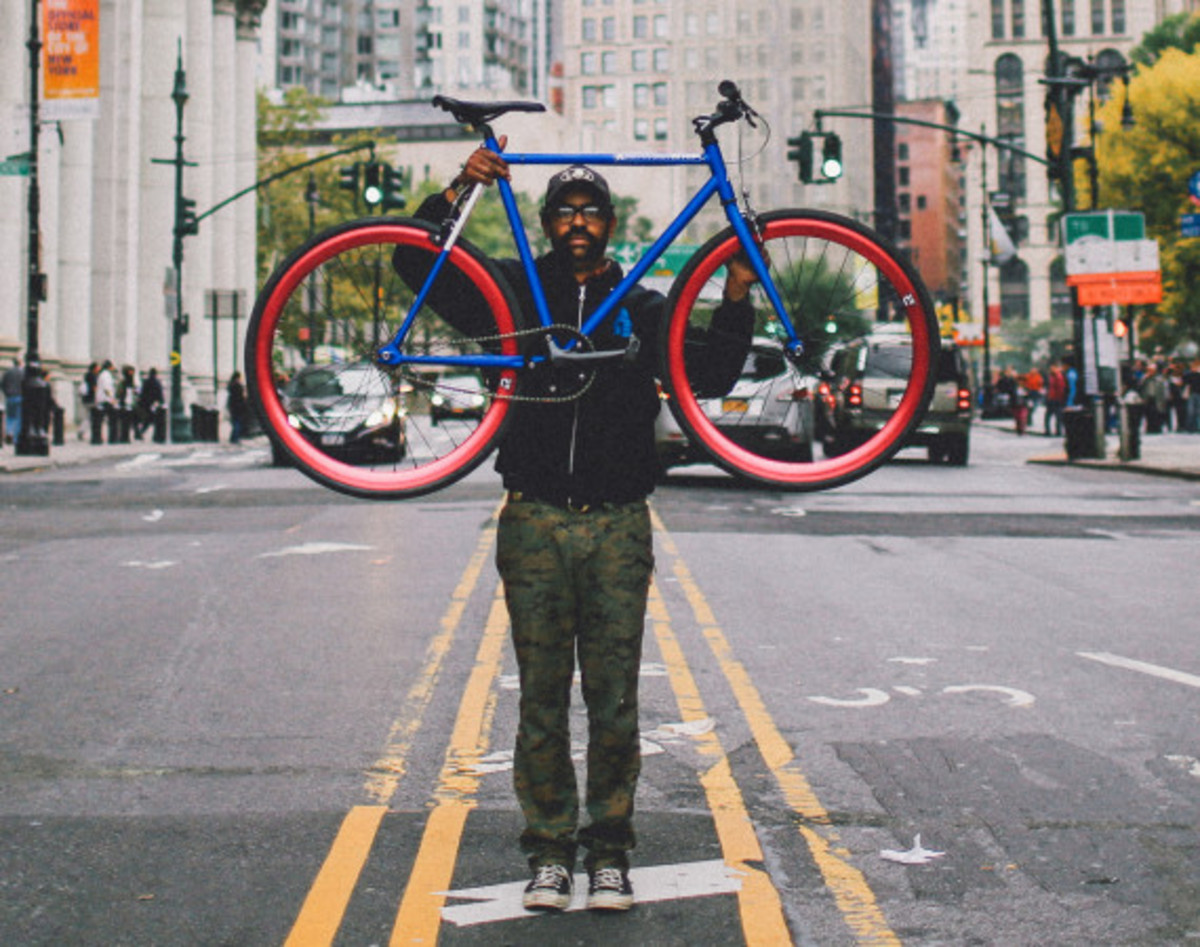 Giveaway Winner: Dave's Wear House x Freshness – Another Whip Bicycle in Matte Iridescent Blue - 12