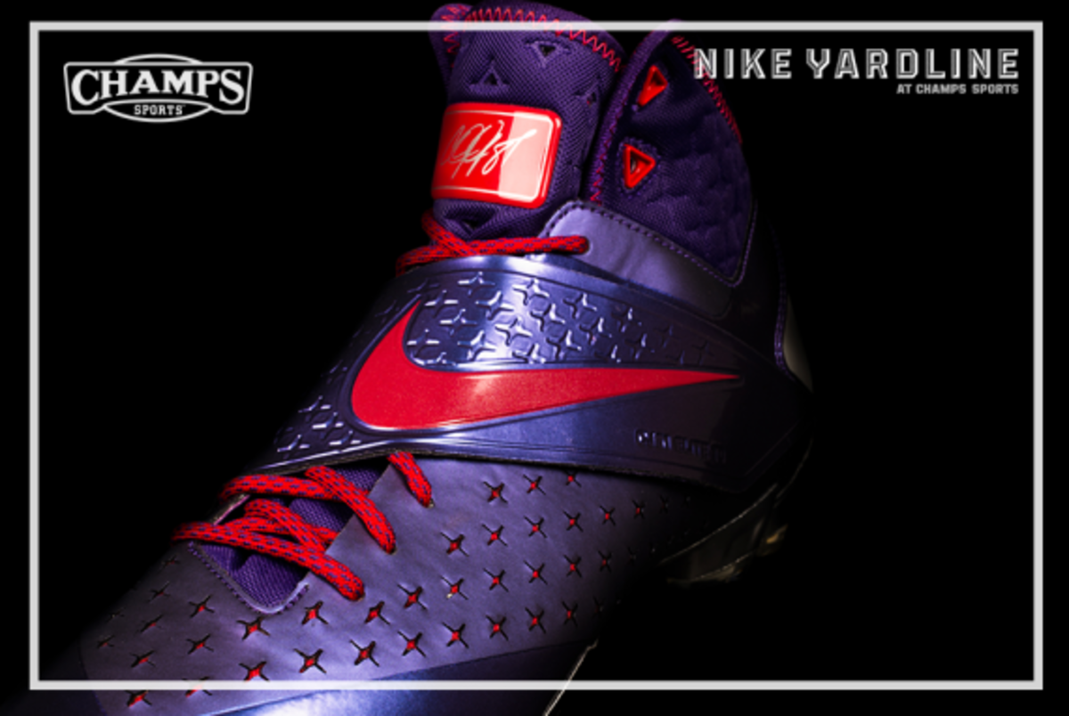 The Game Plan by Champs Sports - Hasbro x Nike Football - Megatron Collection - 3