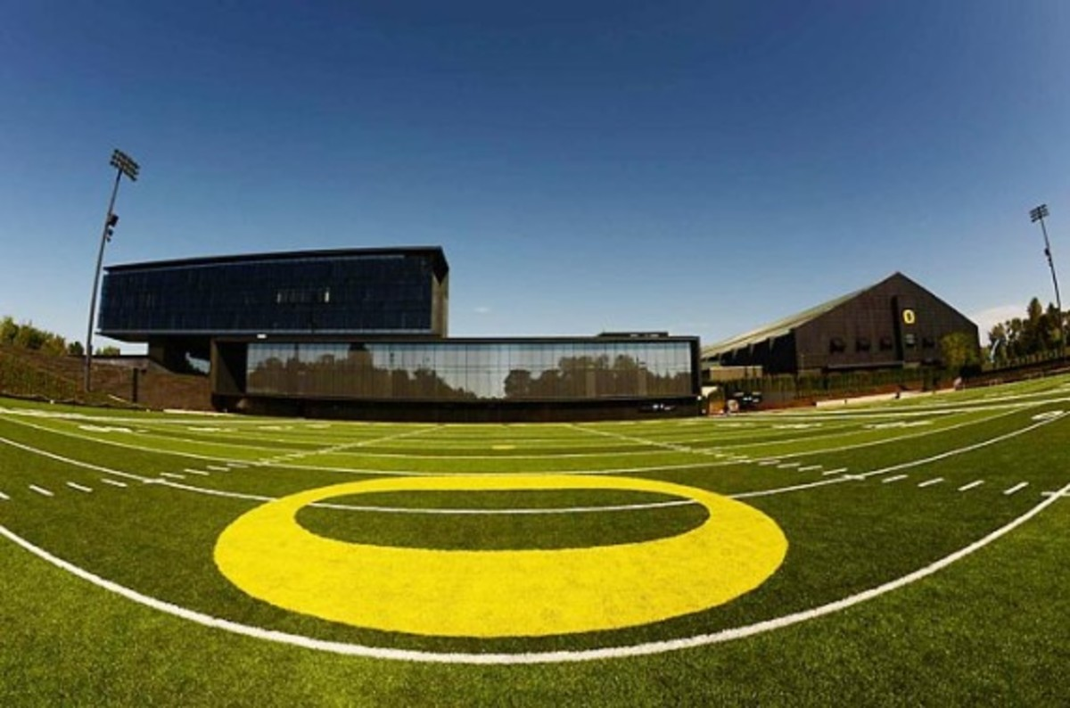 University of Oregon Football Performance Center By ZGF Architects & Firm 151 | An Inside Look - 1