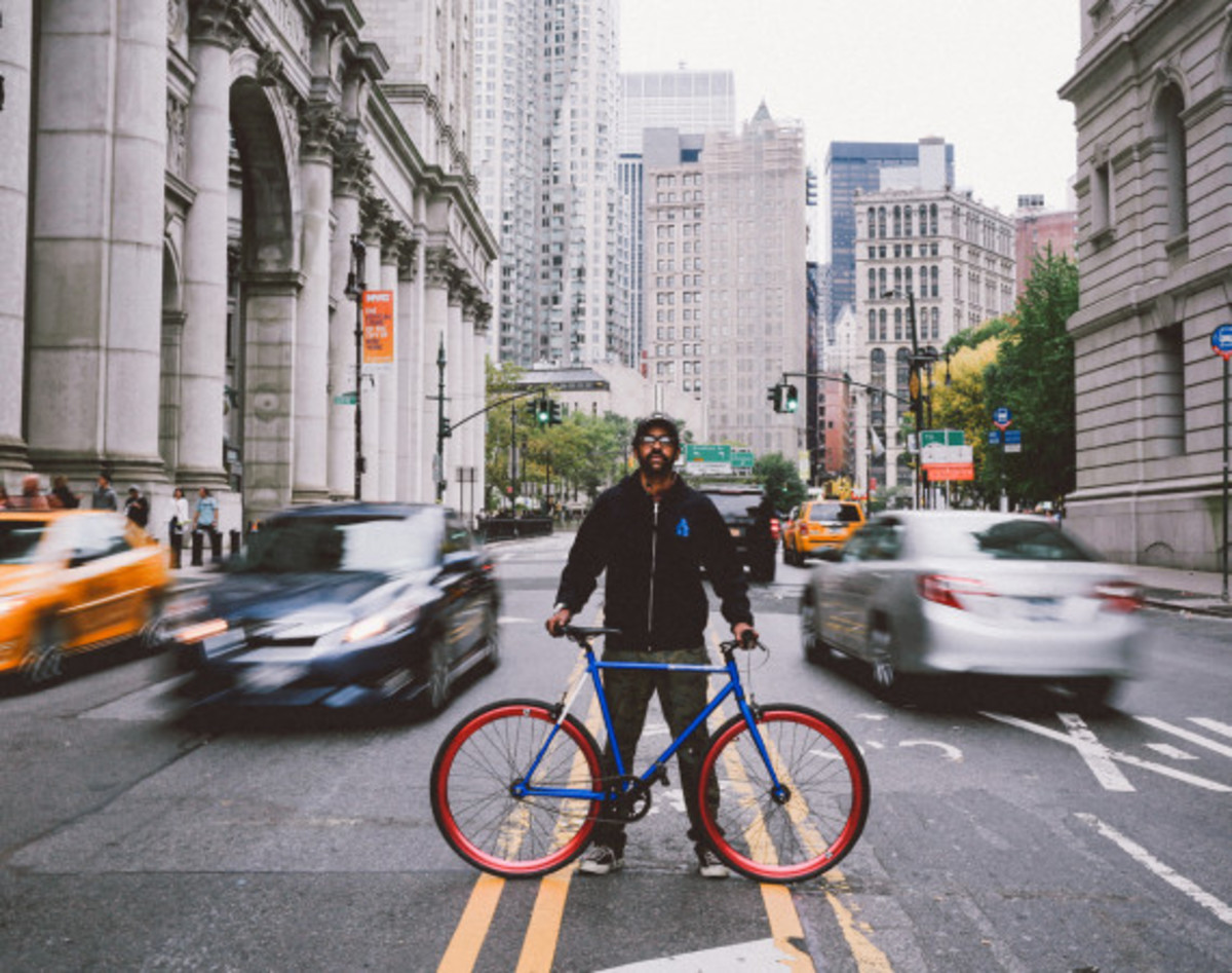 Giveaway Winner: Dave's Wear House x Freshness – Another Whip Bicycle in Matte Iridescent Blue - 3