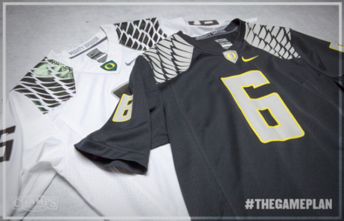 The Game Plan by Champs Sports - Nike Oregon Ducks Collection - 7