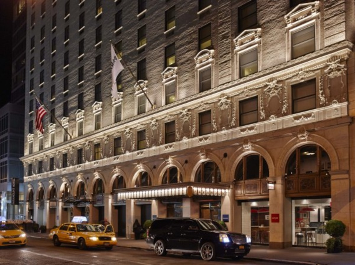 Starter Clubhouse Times Square - NYC Pop-Up Shop at Paramount Hotel | Extends Opening To February 28th - 1