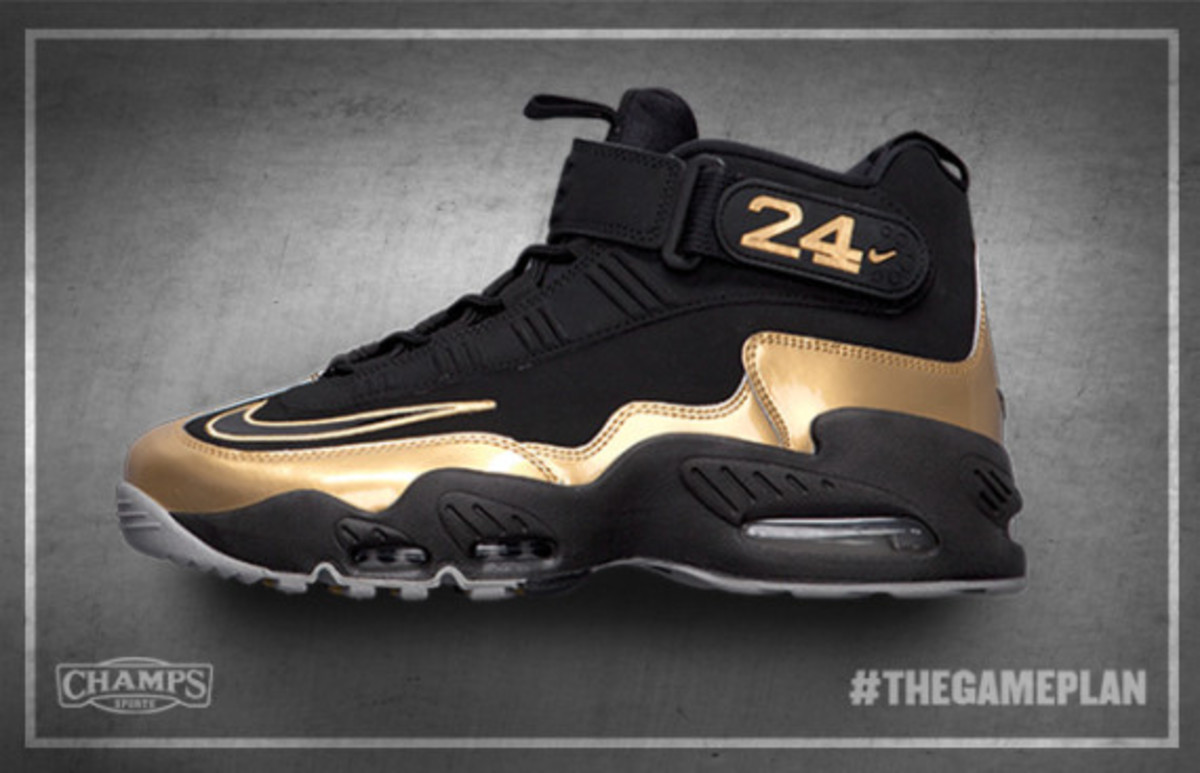 The Game Plan by Champs Sports - Nike Sportswear Golden Glove Pack - 3