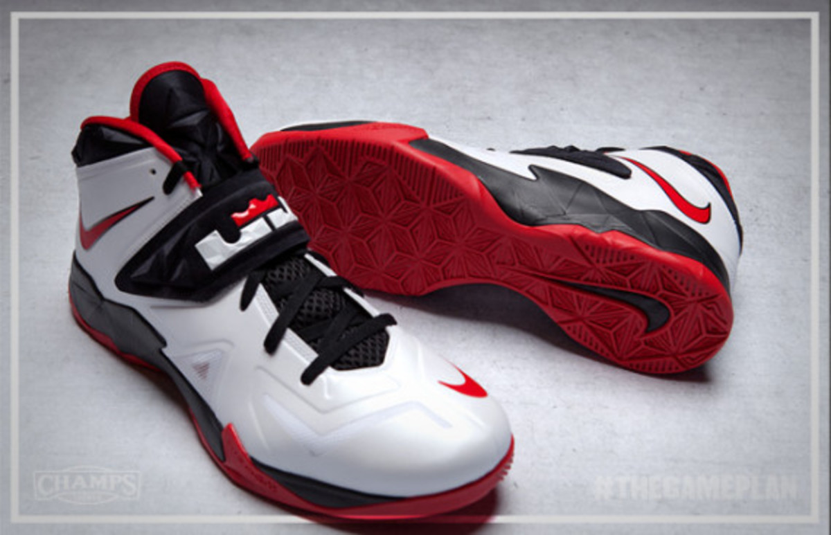 The Game Plan by Champs Sports - Nike LeBron Solider 7 Collection - 7
