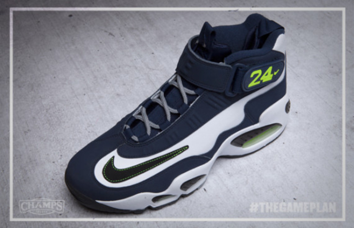 The Game Plan by Champs Sports – Nike Griffey Collection - 1