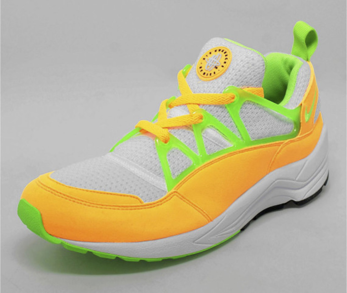 nike air huarache light atomic mango available now freshness mag. Black Bedroom Furniture Sets. Home Design Ideas