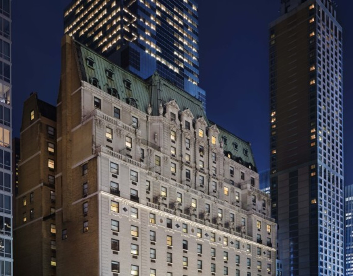 Starter Clubhouse Times Square - NYC Pop-Up Shop at Paramount Hotel | Extends Opening To February 28th - 8