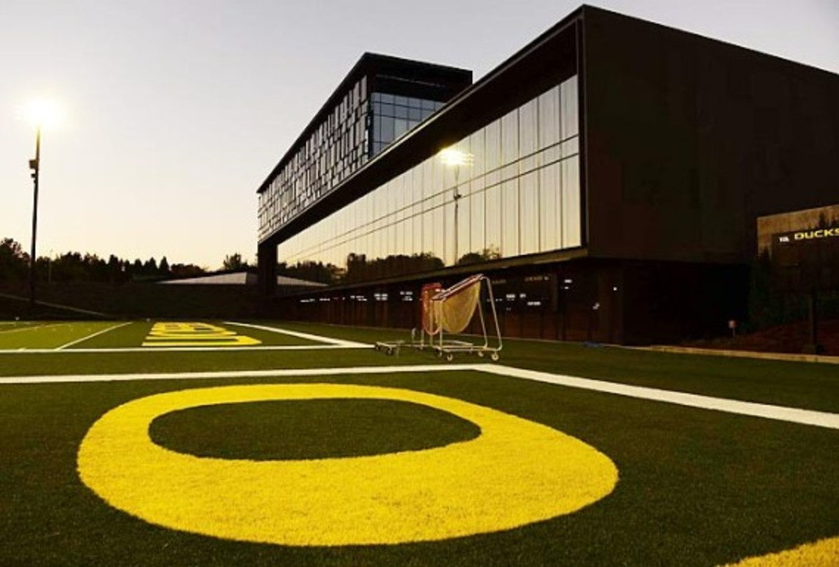 University of Oregon Football Performance Center By ZGF Architects & Firm 151 | An Inside Look - 3
