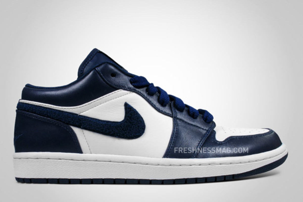 air-jordan-1-low-holiday-2009-3