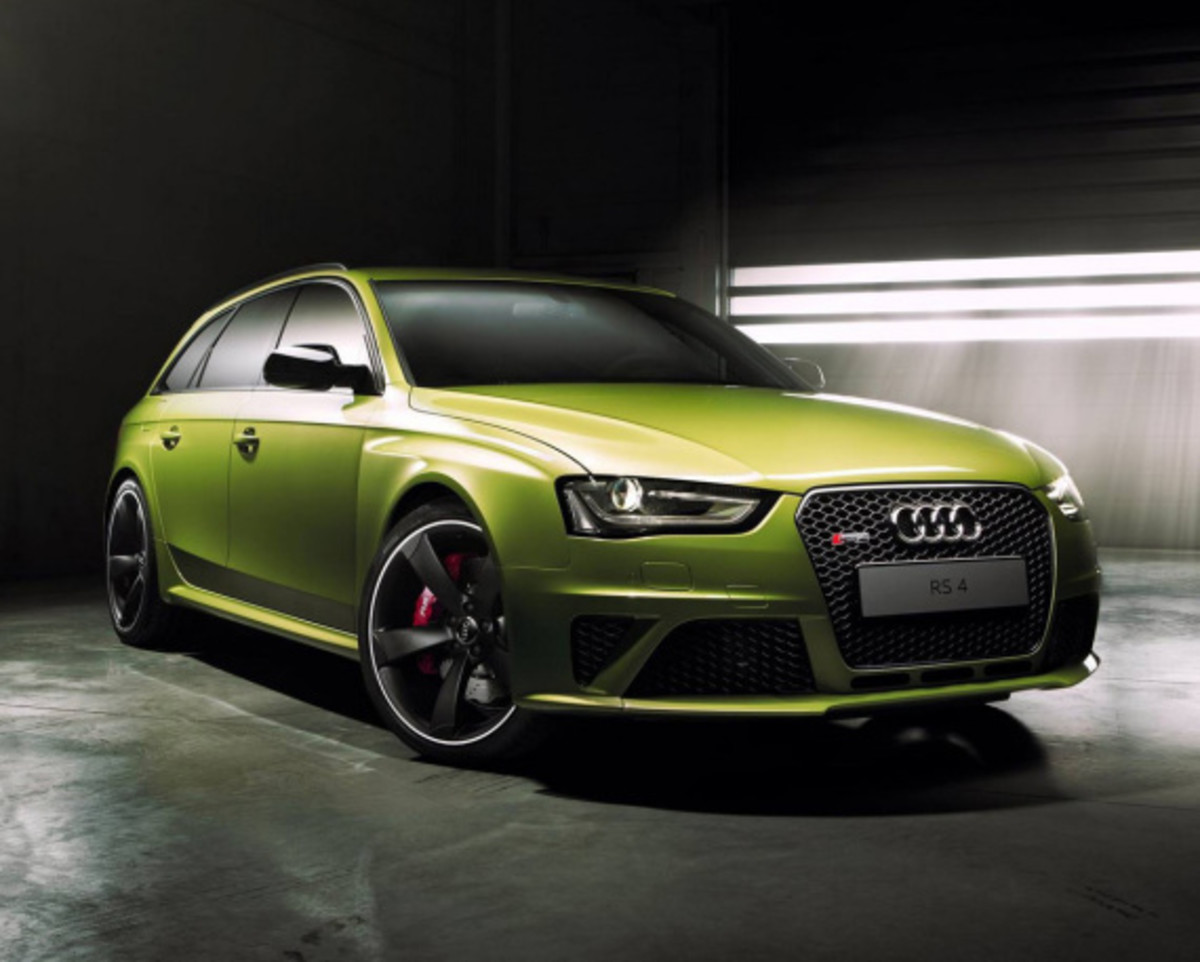 Audi Exclusive RS 4 Avant Custom in Volt Colorway - 0