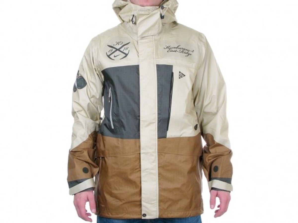 nike-acg-k2-expedition-3l-jacket-1