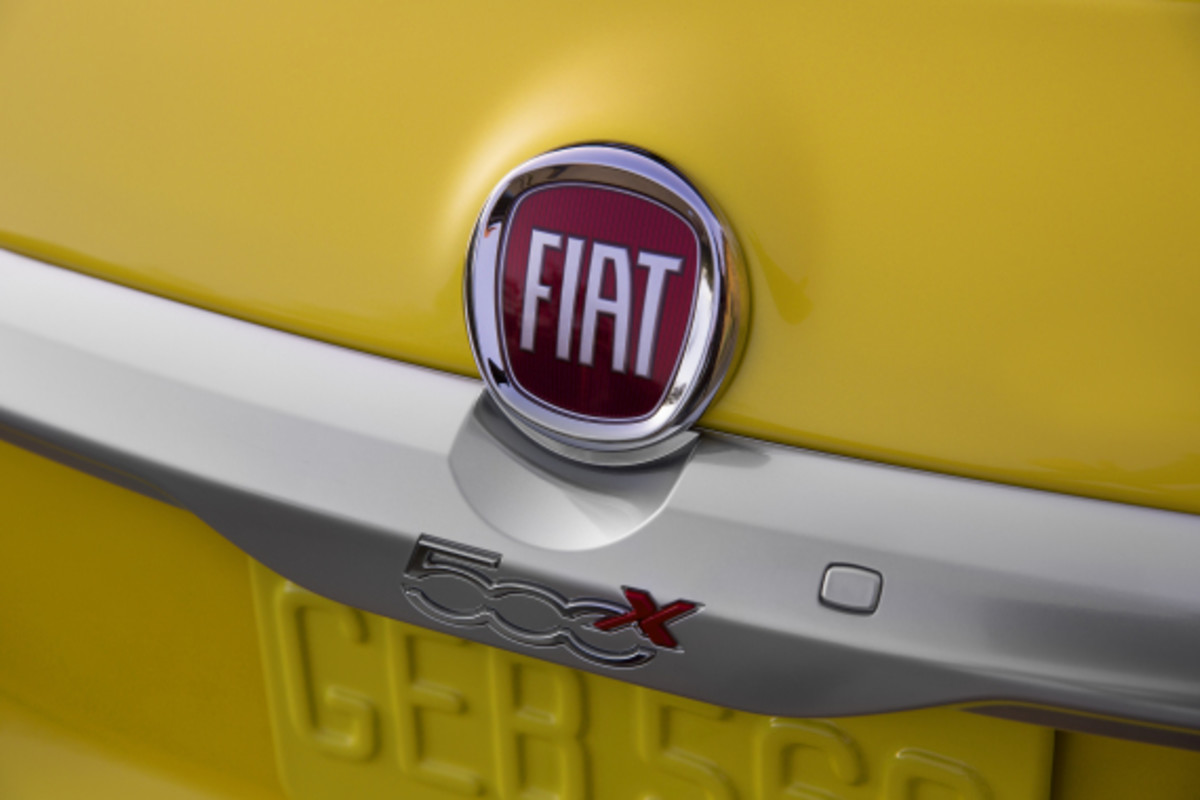 Introducing the FIAT 500X - 12