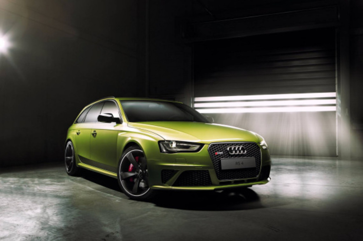 Audi Exclusive RS 4 Avant Custom in Volt Colorway - 8